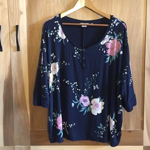 Reitmans Relaxed Fit Dolman Sleeve Floral Tshirt